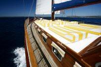 Gulet Cruising Croatia - luxury mega yacht charter, motor yacht charter, saling boat charter, gulet cruising, mini cruiser or catamaran charter